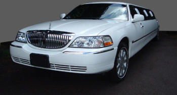 White lincoln stretched limousine for hire for weddings, school proms, celebrations and business